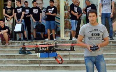 Уъркшоп – сглобяване и управление на дрони