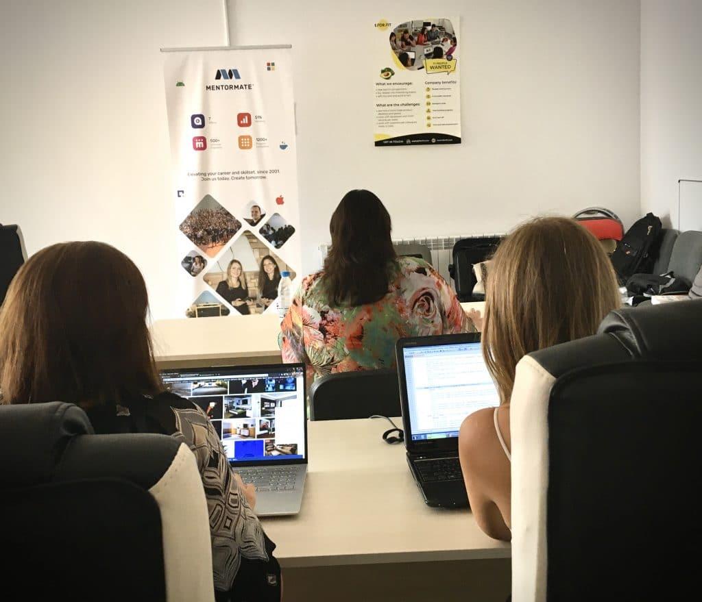 Приключи първата програма в Русе за развитие на ключови дигитални умения