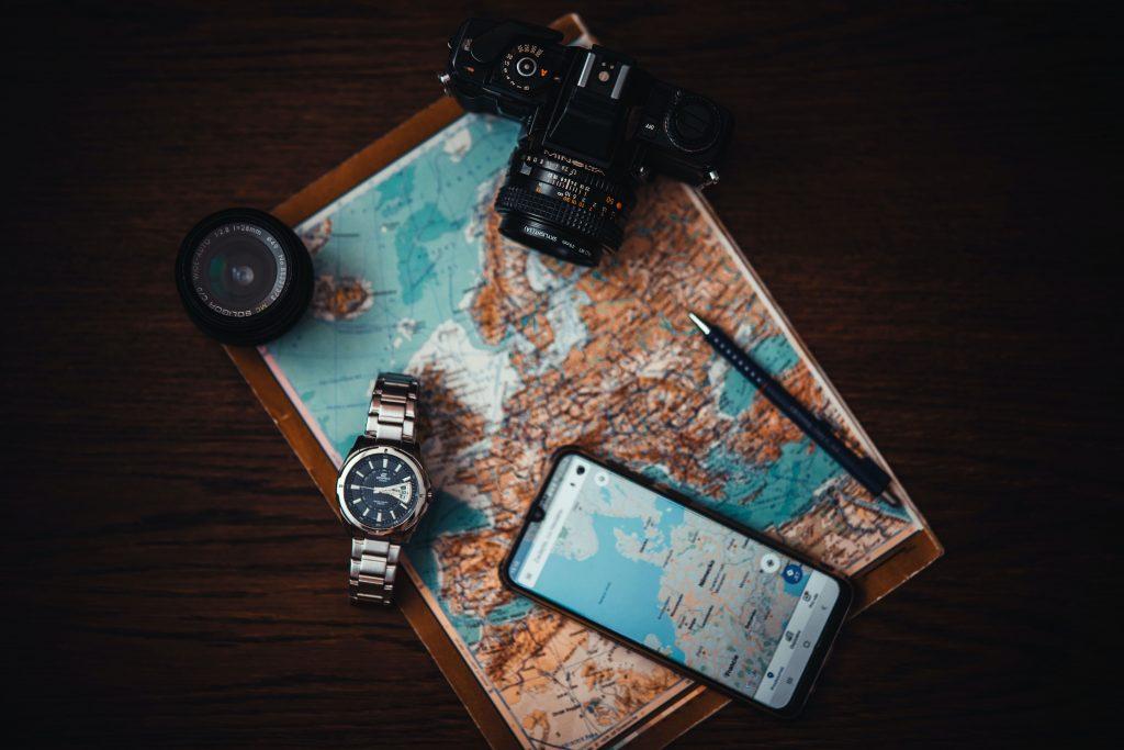 Телефон и камера